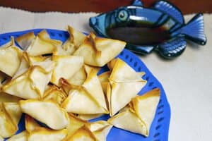 When you want an appetizer just a little bit special but still easy to make on a boat--try my easy crab rangoon recipe. And no frying!