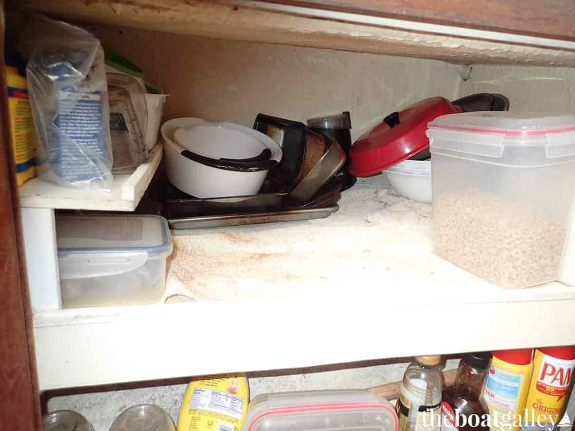 Storing pans and bowls in the galley